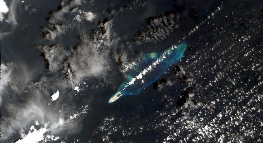 DS_SPOT6_201608250226117_TH1_TH1_TH1_TH1_E113N10_01222-fiery cross reef.jpeg